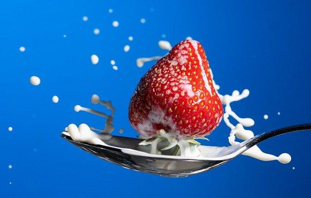 Quale frutta mangiare in estate per combattere il caldo?