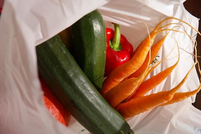 Imballaggi bio per frutta e verdura: dove trovarli e quanto costano