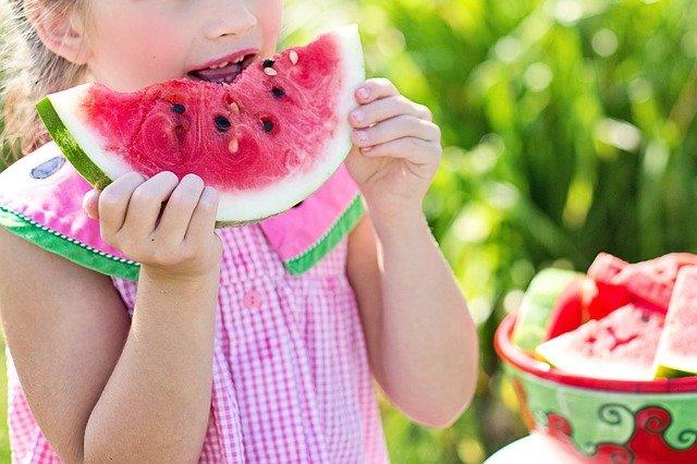 Alimentazione biologica per bambini: quali prodotti scegliere